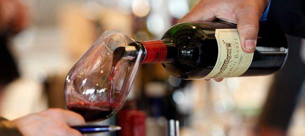 vin-rouge-bouteille-degustation